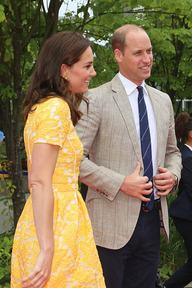 Two People「The Duke And Duchess Of Cambridge Visit Germany - Day 2」:写真・画像(16)[壁紙.com]