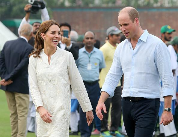 Humor「The Duke And Duchess Of Cambridge Visit The North Of Pakistan」:写真・画像(11)[壁紙.com]