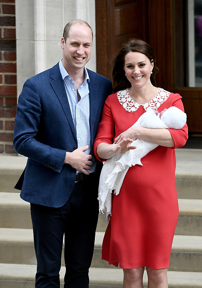 Duchess「The Duke & Duchess Of Cambridge Depart The Lindo Wing With Their New Son」:写真・画像(17)[壁紙.com]