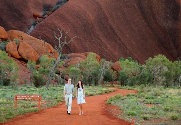 Visit「The Duke And Duchess Of Cambridge Tour Australia And New Zealand - Day 16」:写真・画像(7)[壁紙.com]