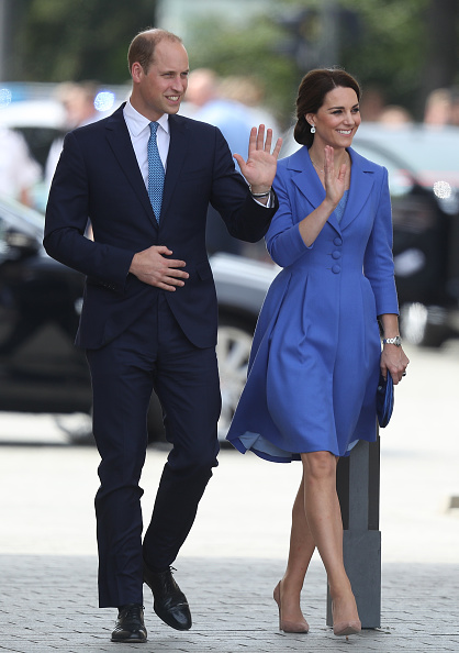 Arrival「The Duke And Duchess Of Cambridge Visit Germany - Day 1」:写真・画像(17)[壁紙.com]