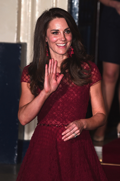 """Eamonn M「The Duchess Of Cambridge Attends The Opening Night Of """"42nd Street"""" In Aid Of The East Anglia Children's Hospice」:写真・画像(19)[壁紙.com]"""