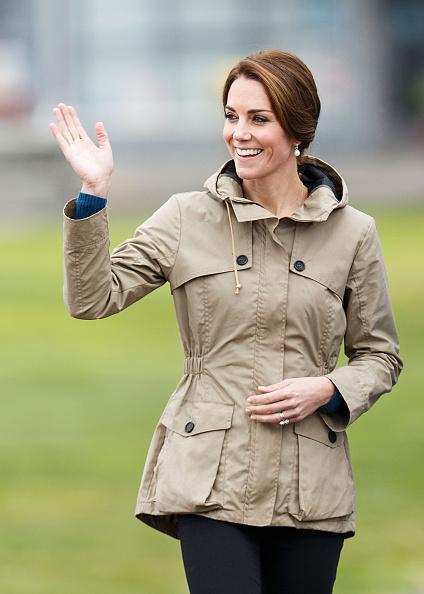 Coat - Garment「2016 Royal Tour To Canada Of The Duke And Duchess Of Cambridge - Victoria, British Columbia」:写真・画像(2)[壁紙.com]