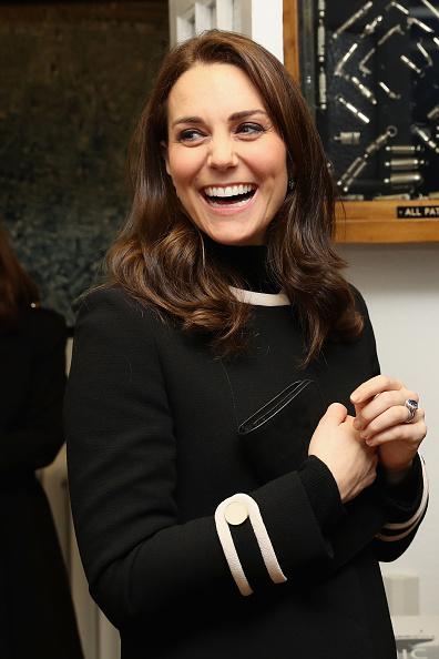 Incidental People「The Duke & Duchess Of Cambridge Visit Birmingham」:写真・画像(7)[壁紙.com]