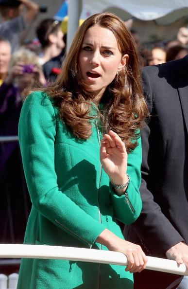 Finish Line「The Duke & Duchess of Cambridge And Prince Harry Attend The Tour De France Grand Depart」:写真・画像(11)[壁紙.com]