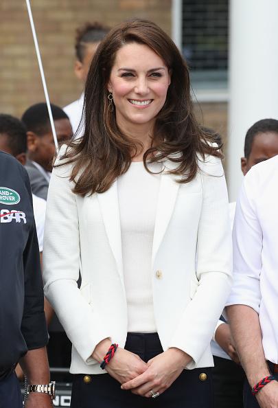 Trust「The Duchess Of Cambridge Attends The 1851 Trust Roadshow」:写真・画像(18)[壁紙.com]