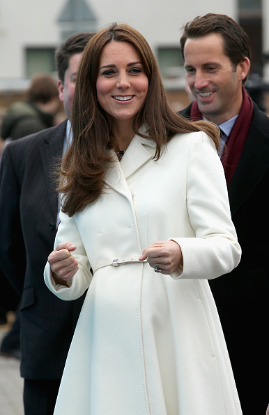 Old Town「The Duchess Of Cambridge Visits Portsmouth」:写真・画像(10)[壁紙.com]