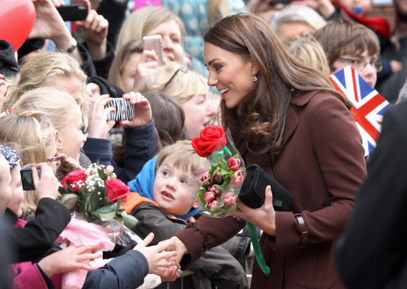 Profile View「The Duchess Of Cambridge Visits Liverpool」:写真・画像(9)[壁紙.com]