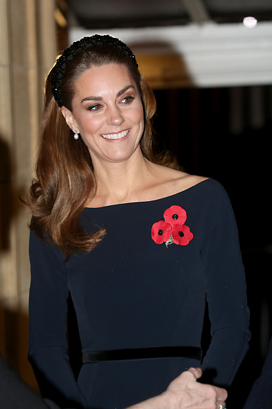 Royal Albert Hall「The Queen And Members Of The Royal Family Attend The Annual Royal British Legion Festival Of Remembrance」:写真・画像(16)[壁紙.com]