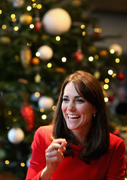 Christmas「The Duchess Of Cambridge Attends The Anna Freud Centre Family School Christmas Party」:写真・画像(18)[壁紙.com]