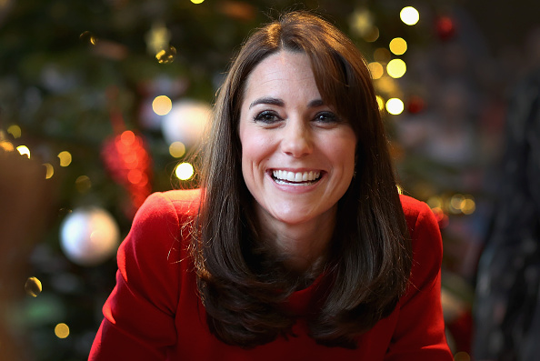 Christmas「The Duchess Of Cambridge Attends The Anna Freud Centre Family School Christmas Party」:写真・画像(0)[壁紙.com]