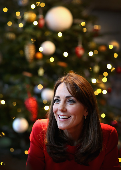 Christmas「The Duchess Of Cambridge Attends The Anna Freud Centre Family School Christmas Party」:写真・画像(19)[壁紙.com]
