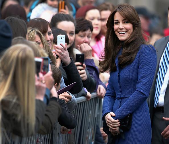 Blue Coat「The Duke And Duchess Of Cambridge Visit Dundee」:写真・画像(4)[壁紙.com]