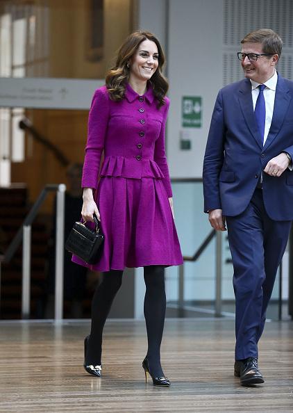 Visit「The Duchess Of Cambridge Visits The Royal Opera House」:写真・画像(16)[壁紙.com]