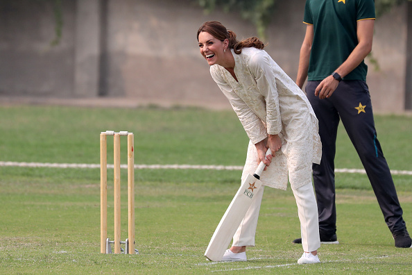 Pakistan「The Duke And Duchess Of Cambridge Visit The North Of Pakistan」:写真・画像(13)[壁紙.com]