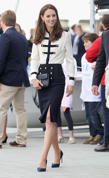 全身「The Duchess of Cambridge Visits Land Rover BAR And The 1851 Trust」:写真・画像(1)[壁紙.com]