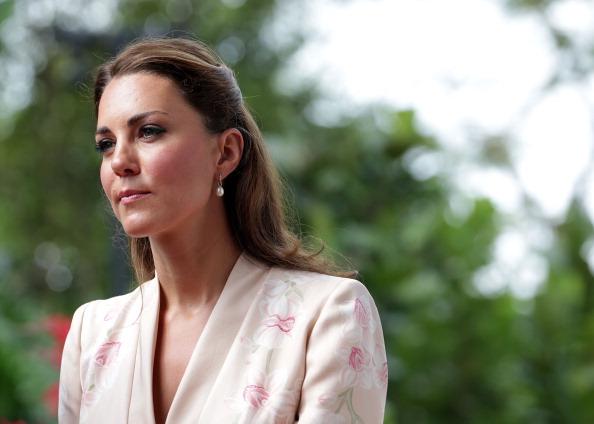 Pearl Jewelry「The Duke And Duchess Of Cambridge Diamond Jubilee Tour - Day 1」:写真・画像(4)[壁紙.com]