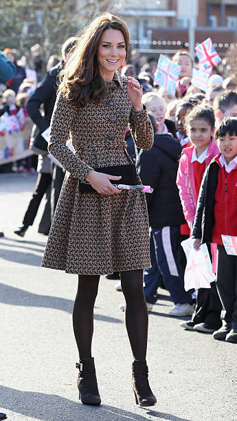 The Duchess Of Cambridge Visits Rose Hill Primary School:ニュース(壁紙.com)