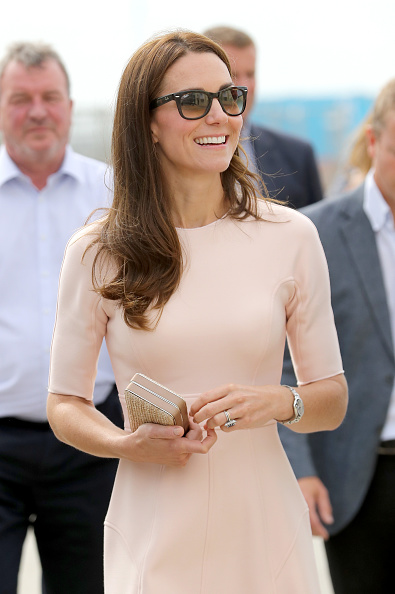 Sunglasses「The Duke & Duchess Of Cambridge Visit Cornwall」:写真・画像(1)[壁紙.com]
