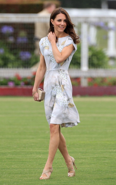 Sandal「The Duke and Duchess of Cambridge Attend A Polo Match For Foundation Of Prince William & Prince Harry」:写真・画像(13)[壁紙.com]