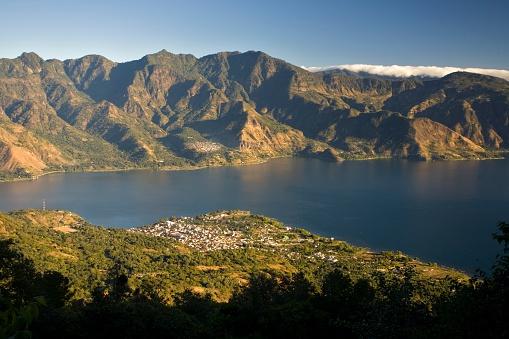 Lake Atitlan「The town of San Pedro from the San Pedro volcano, Lake Atitlan, Guatemala.」:スマホ壁紙(7)