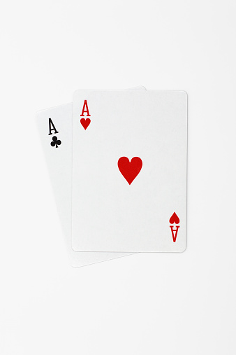 Leisure Games「Two playing cards」:スマホ壁紙(13)