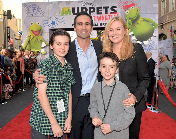 "El Capitan Theatre「World Premiere Of Disney's ""Muppets Most Wanted"" - Red Carpet」:写真・画像(5)[壁紙.com]"