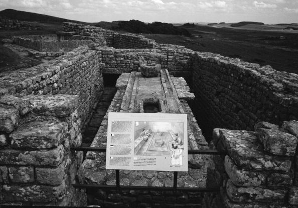 Tom Stoddart Archive「Hadrian's Wall」:写真・画像(12)[壁紙.com]
