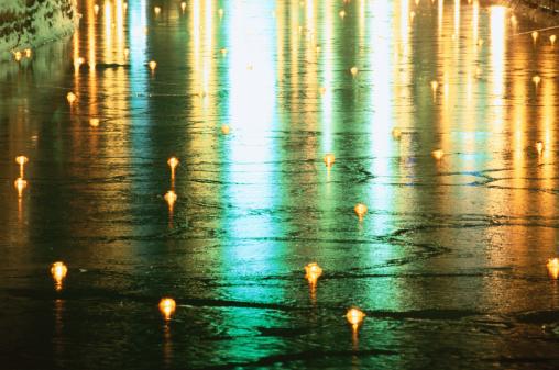 Matsuri「Japan, Hokkaido, Otaru, reflections of light on ice, close-up (Otaru yuki akari no michi festival)」:スマホ壁紙(19)