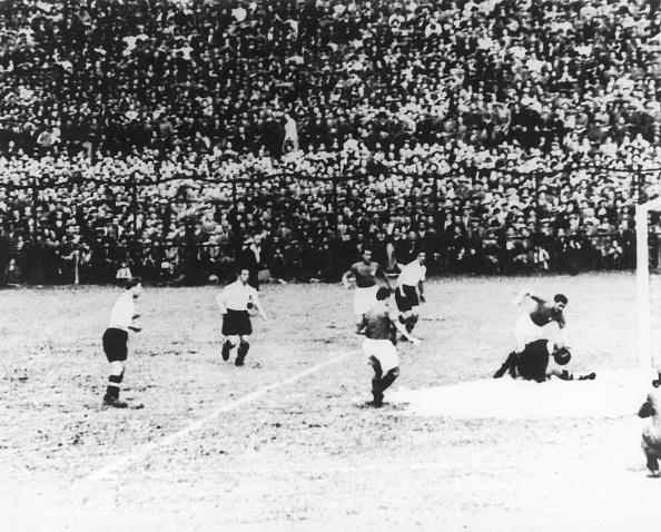 スタディオ・ジュゼッペ・メアッツァ「Meazza Sets Up Goal」:写真・画像(4)[壁紙.com]