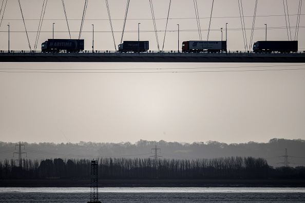 Industry「Severn Bridge Toll Price Cut」:写真・画像(5)[壁紙.com]
