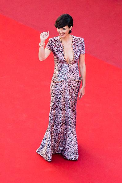 "Cuff Bracelet「""120 Beats Per Minute (120 Battements Par Minute)"" Red Carpet Arrivals - The 70th Annual Cannes Film Festival」:写真・画像(18)[壁紙.com]"
