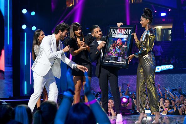 Sebastián Yatra「Premios Juventud 2019 - Show」:写真・画像(12)[壁紙.com]