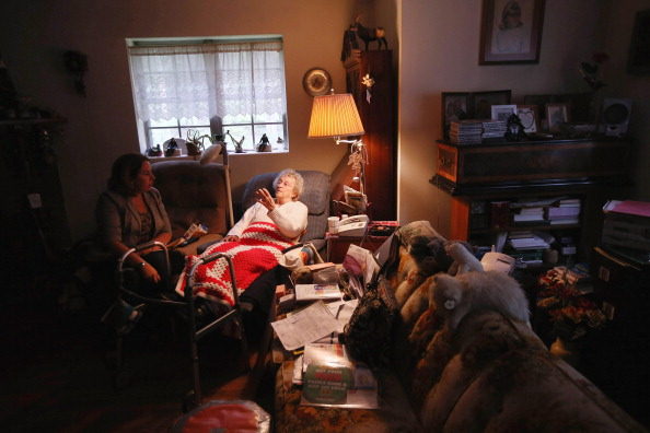 Healthcare Worker「Government Assistance Programs Aid Underprivileged Communities In New York State」:写真・画像(5)[壁紙.com]