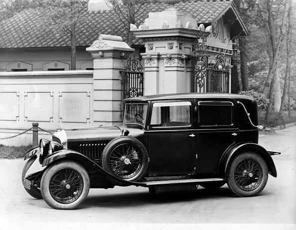 1930「1930 Bentley 4.5 Litre Weymann Body.」:写真・画像(11)[壁紙.com]