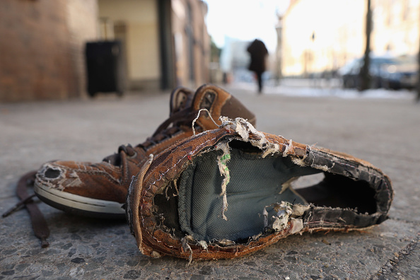 Homelessness「Child's Shoes Provokes Outcry」:写真・画像(7)[壁紙.com]