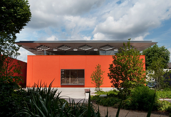 Architecture「Designed by Richard Rogers architects, RIBA 2009 Stirling Prize winner Cancer care Maggie's Centre in Hammersmith, London, UK」:写真・画像(17)[壁紙.com]
