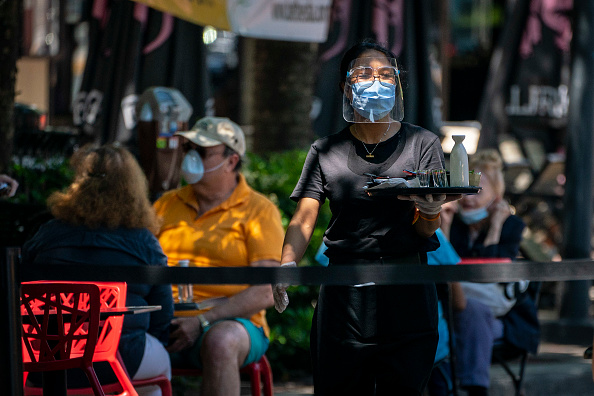 Restaurant「Streets Closed To Provide Space For Outdoor Dining In Bethesda During Pandemic」:写真・画像(0)[壁紙.com]