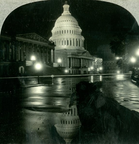 Puddle「The Dazzling Dome Of The Capitol On A Rainy Night」:写真・画像(11)[壁紙.com]