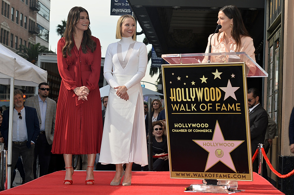 Kristen Bell「Kristen Bell And Idina Menzel Are Honored With Stars On The Hollywood Walk Of Fame」:写真・画像(11)[壁紙.com]