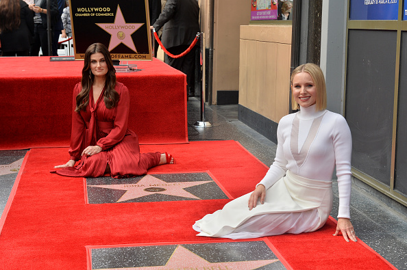 Kristen Bell「Kristen Bell And Idina Menzel Are Honored With Stars On The Hollywood Walk Of Fame」:写真・画像(9)[壁紙.com]