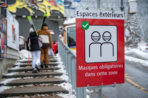 Switzerland「Swiss Ski Resort After Britons Bolt Covid-19 Quarantine」:写真・画像(19)[壁紙.com]