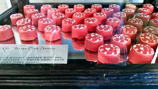 Red Velvet Flavor「Red velvet cake truffles」:スマホ壁紙(16)