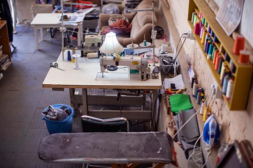 Atelier - Fashion「Empty African fashion design studio.」:スマホ壁紙(15)
