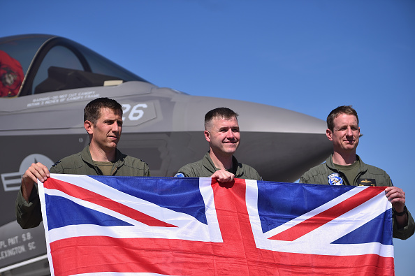 British Military「The F-35 Lightning II Is Put Through Its Paces At MCAS Beaufort」:写真・画像(7)[壁紙.com]