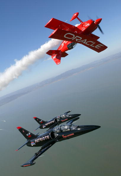 Patriotism「Precision Airplanes Practice For Fleet Week Air Show In San Francisco」:写真・画像(5)[壁紙.com]