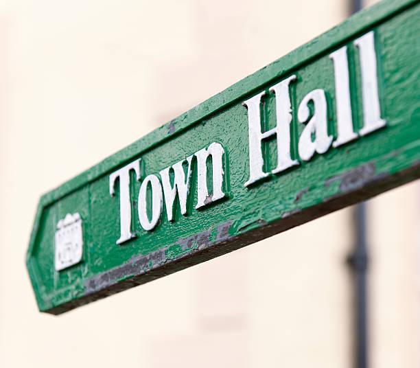 Town Hall Arrow Sign:スマホ壁紙(壁紙.com)
