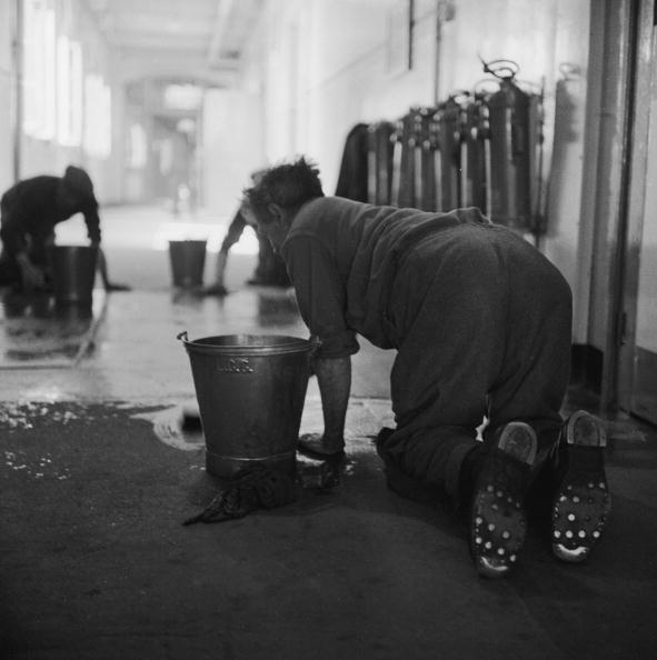 Flooring「Hob Nailed Boots」:写真・画像(19)[壁紙.com]