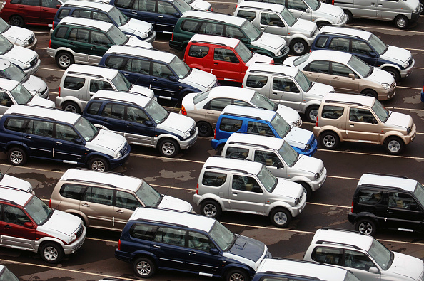 Greenhouse Gas「New Suzuki cars and vans parked at Avonmouth docks near Bristol, UK」:写真・画像(0)[壁紙.com]