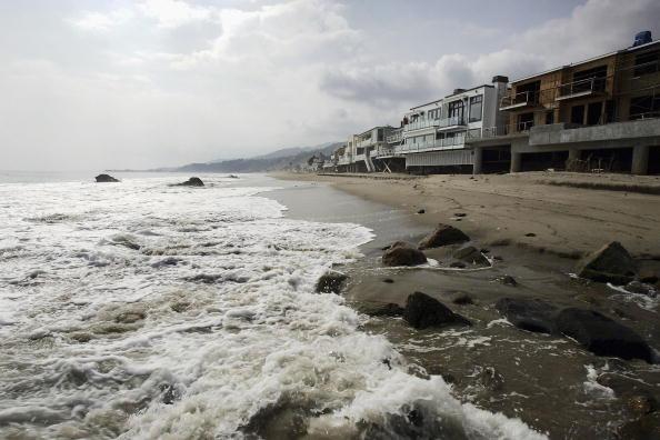 Coastline「Music Mogul David Geffen Gives Beach Access To Public」:写真・画像(0)[壁紙.com]